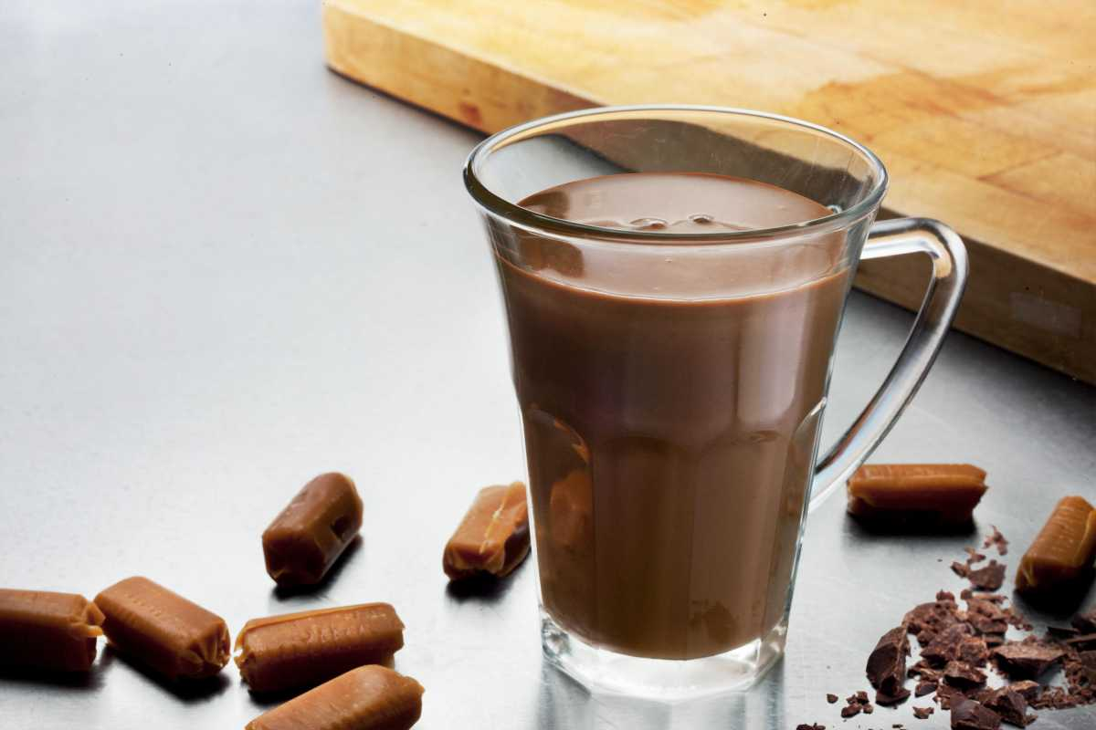 Ζεστή σοκολάτα: Tι προσφέρει στην υγεία μας το αγαπημένο ρόφημα;